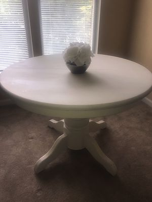 White Kitchen Table for Sale in Fairfax, VA
