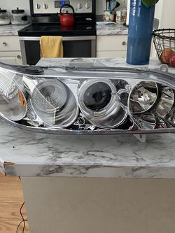 00-02 Honda Accord Aftermarket Headlights for Sale in Tacoma,  WA