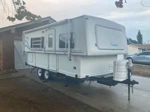 02 hi-lo sliver toy hauler for Sale in Moreno Valley, CA