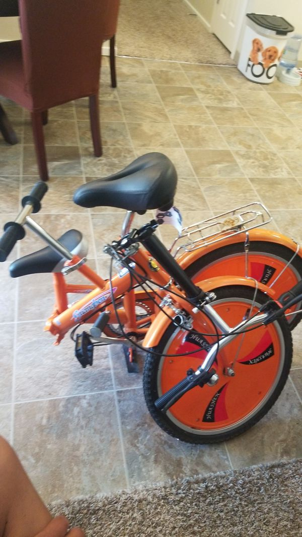 Folding bike, with child seat