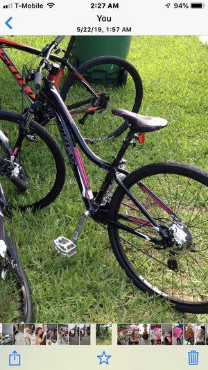 "Womens trek cali mountain bike 29"" for Sale in Miami, FL"