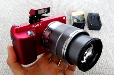 Like NEW mirrorless digital camera Sony Nex-F3.Body w/18-55 Sony lens, NEW battery,NEW charger.$160 for Sale in Saint Paul,  MN