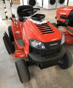 New CRAFTSMAN T110 17.5-HP Manual/Gear 42-in Riding Lawn Mower Model # CMXGRAM1130036 for Sale in Lexington, KY