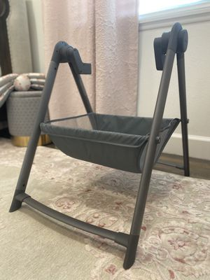 Silver Cross brand bassinet stand BRAND NEW for Sale in San Diego, CA