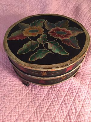 Antique wooden box for Sale in Hartsdale, NY