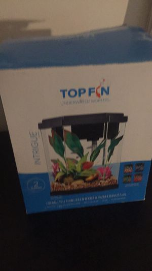 Top fin fish tank for Sale in Glen Burnie, MD