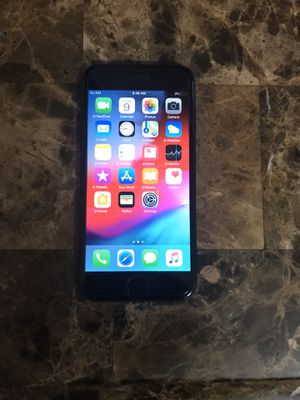 iPhone 7 32gb factory unlocked good condition $200price is firm for Sale in La Mesa, CA