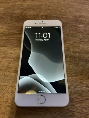 iPhone 8 Plus for Sale in Glen Raven, NC