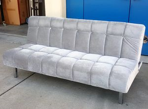 Silver velvet futon sofa for Sale in San Leandro, CA