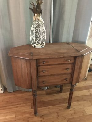 Vintage Martha Washington Sewing Table for Sale in Holiday, FL