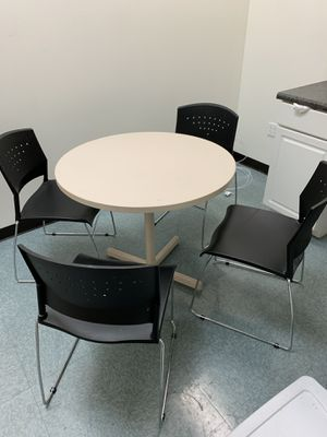 Kitchen / Break room office chairs and round table for Sale in Richardson, TX