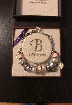 Bella Perlina Charm Bracelet - brand new for Sale in Los Angeles, CA