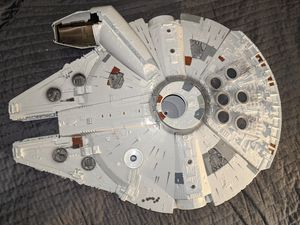 Star Wars Millennium Falcon Ship for Action Figures. Large for Sale in Tigard, OR