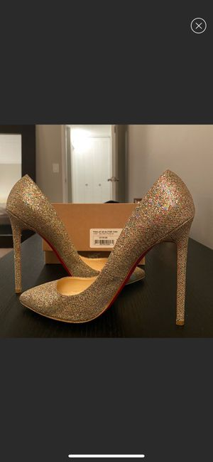 Louboutin pigalle 39.5 for Sale in Atlanta, GA