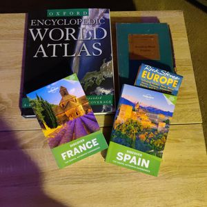 World Books Travel Books And Map Lot! for Sale in San Diego, CA