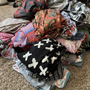 FREE Women's Clothes for Sale in Moreno Valley, CA