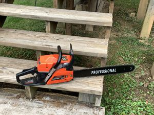 "Chainsaw 20"" Bar 52cc Gas for Sale in Roanoke, VA"