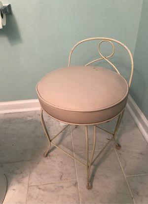 Vanity stool for Sale in Sicklerville, NJ