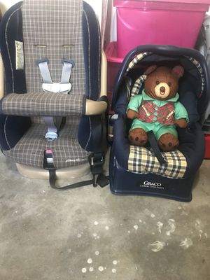 Graco car seats, pick up for Sale in St. Louis, MO