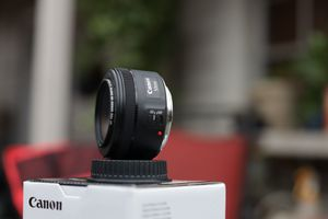 Canon 50mm F1.8 Lens w/ Filter for Sale in Dallas, TX