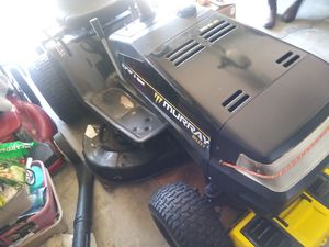 Murray lawn tractor for Sale in Kissimmee, FL