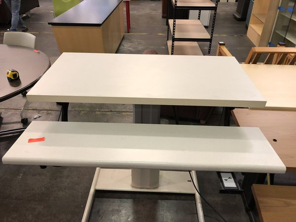 Electric Sit and Stand Desk