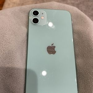 iPhone 11 128 GB Carrier Locked To AT&T for Sale in Washington, DC