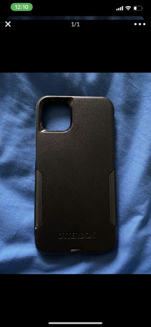 iPhone pro max outter box for Sale in Bakersfield, CA