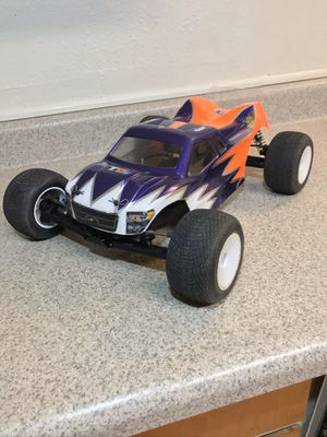 """Rc Truck (Team Associated) """"T5M"""" for Sale in Puyallup, WA"""