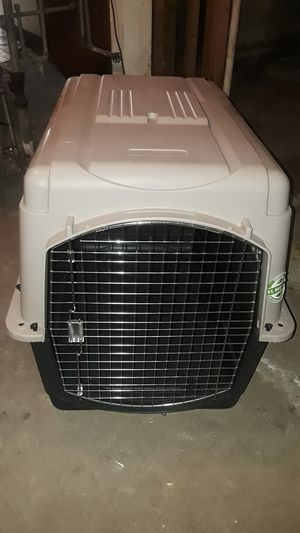 2 dog crates for Sale in Chicago, IL
