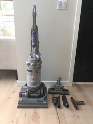 Dyson DC14 Complete upright vacuum for Sale in Cleveland Heights, OH