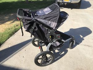 Bob Revolution SE jogging stroller and extra set of wheels for Sale in San Diego, CA