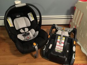 Chicco KeyFit Car Seat & 2 Bases! for Sale in Milford, NJ
