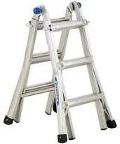 13ft warner ladder 300 lbs for Sale in Albuquerque, NM