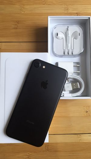 New Condition Apple iPhone 7 Factory Unlocked for Sale in North Miami, FL