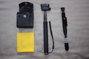 Camera Cleaning Kit ( PLUS LENS AND ACCESSORIES) for Sale in Downers Grove, IL