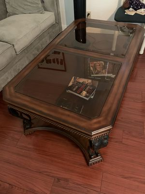 Coffee table for Sale in Walnut, CA