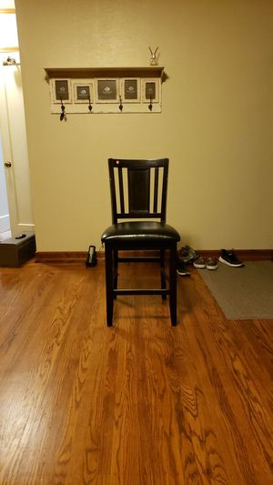 Chair for Sale in Hayward, CA
