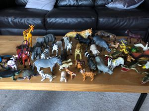 Animal set for Sale in Redmond, WA