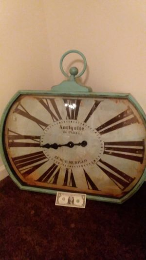 Large Antique Replica Wall Clock for Sale in Fresno, CA