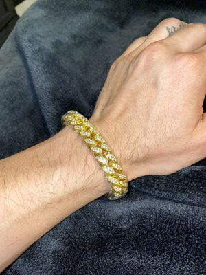 Gold Miami Cuban link bracelet chain for Sale in Selma, TX