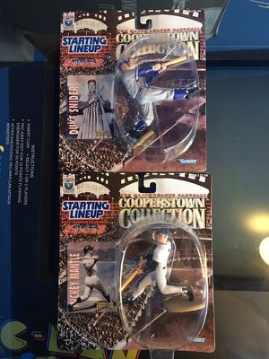 1997 starting lineup Cooperstown collection Mickey mantle Duke Snider for Sale in Castro Valley, CA
