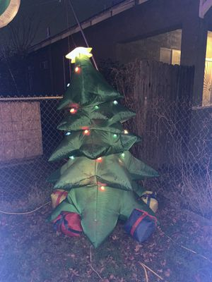 Xmas tree blow up $30 cash firm u pick up for Sale in Fresno, CA