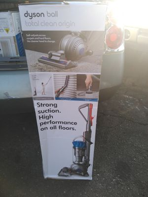 Dyson Ball Total Clean Origin for Sale in Los Angeles, CA