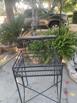 Bird stand for parrot for Sale in Clovis, CA