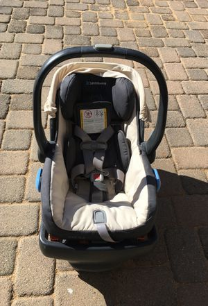 UPPAbaby stroller, infant car seat set , 2 car seat bases, and toddler stroller for Sale in Reno, NV