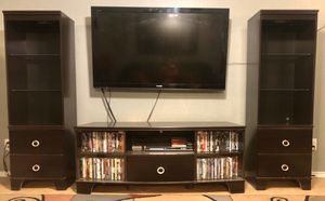 Three-piece entertainment center TV and accessories not included for Sale in San Antonio, TX