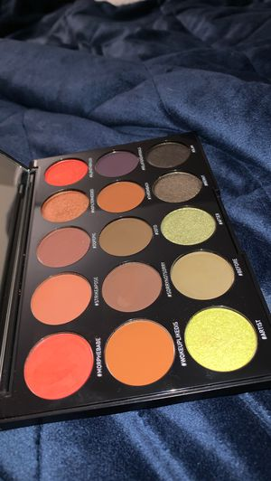 Morphe 15T pallet for Sale in Hemet, CA