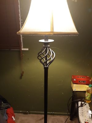 62 inch tall floor lamp for Sale in Groveport, OH