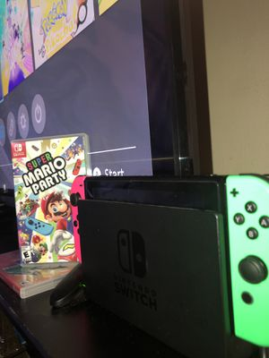 Nintendo Switch w/ game bundle for Sale in Parma Heights, OH